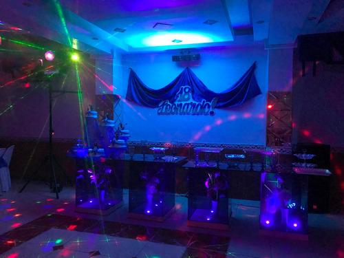 equipo de sonido y luces
