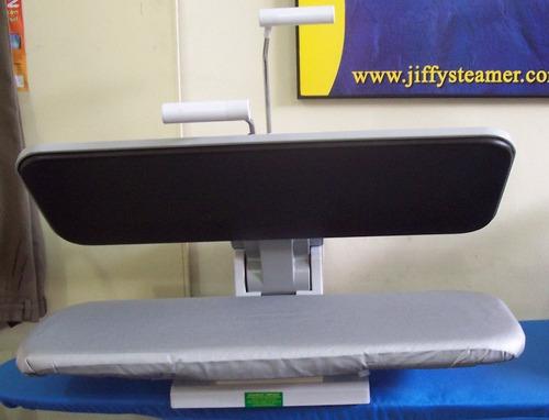 equipo industrial de planchado de ropa tipo prensa con vapor
