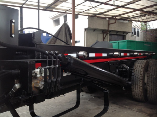 equipo roll off para contenedores o tolvas 65,000 lb