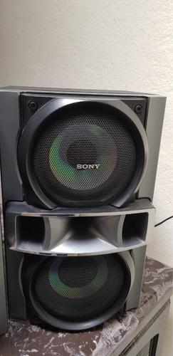 equipo sonido sony genezi parlantes y woofer. negociable!