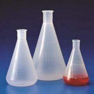 erlenmeyer autoclavable de polipropileno 500 ml . kartell