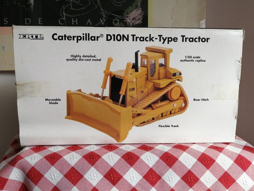 ertl caterpillar d10n escala 1/50