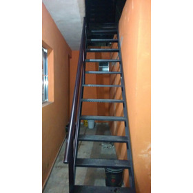 Escada De Ferro Por Metro