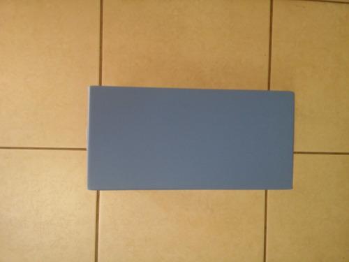 escada um degrau azul  para maca marcos moveis