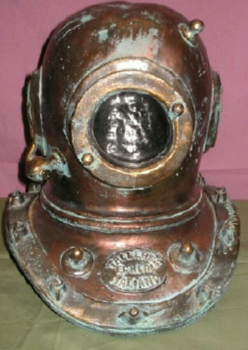 escafandras o cascos antiguos de buceo clásico