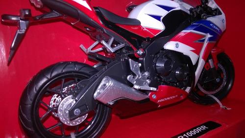 escala 1/12  moto deportiva honda cbr 1000rr envio gratis