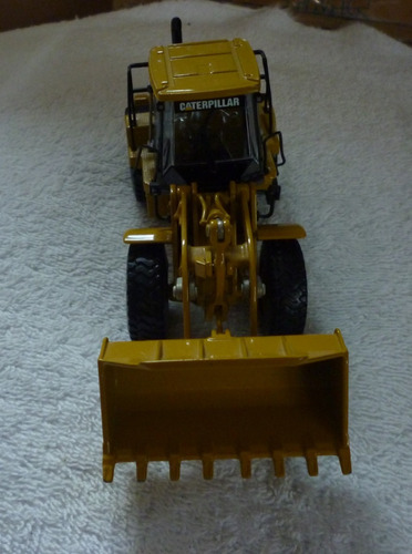 escala 1/50 trator cat 950h