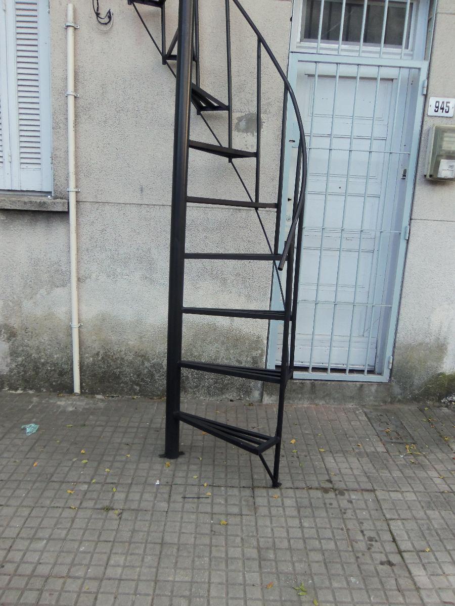 Escalera caracol 2200 el metro en mercado libre for Escaleras de caracol