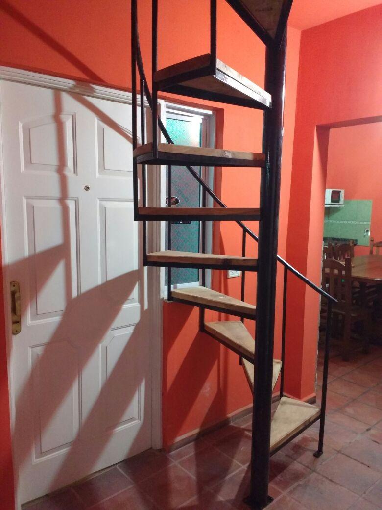 Escalera de caracol de madera escalera de caracol cuadrada - Imagenes de escaleras ...
