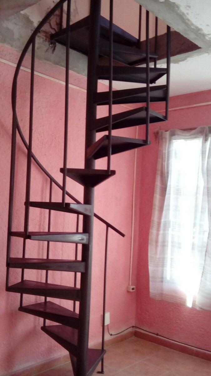 Escalera caracol living in designland escalera de caracol for Escaleras 8 metros precio