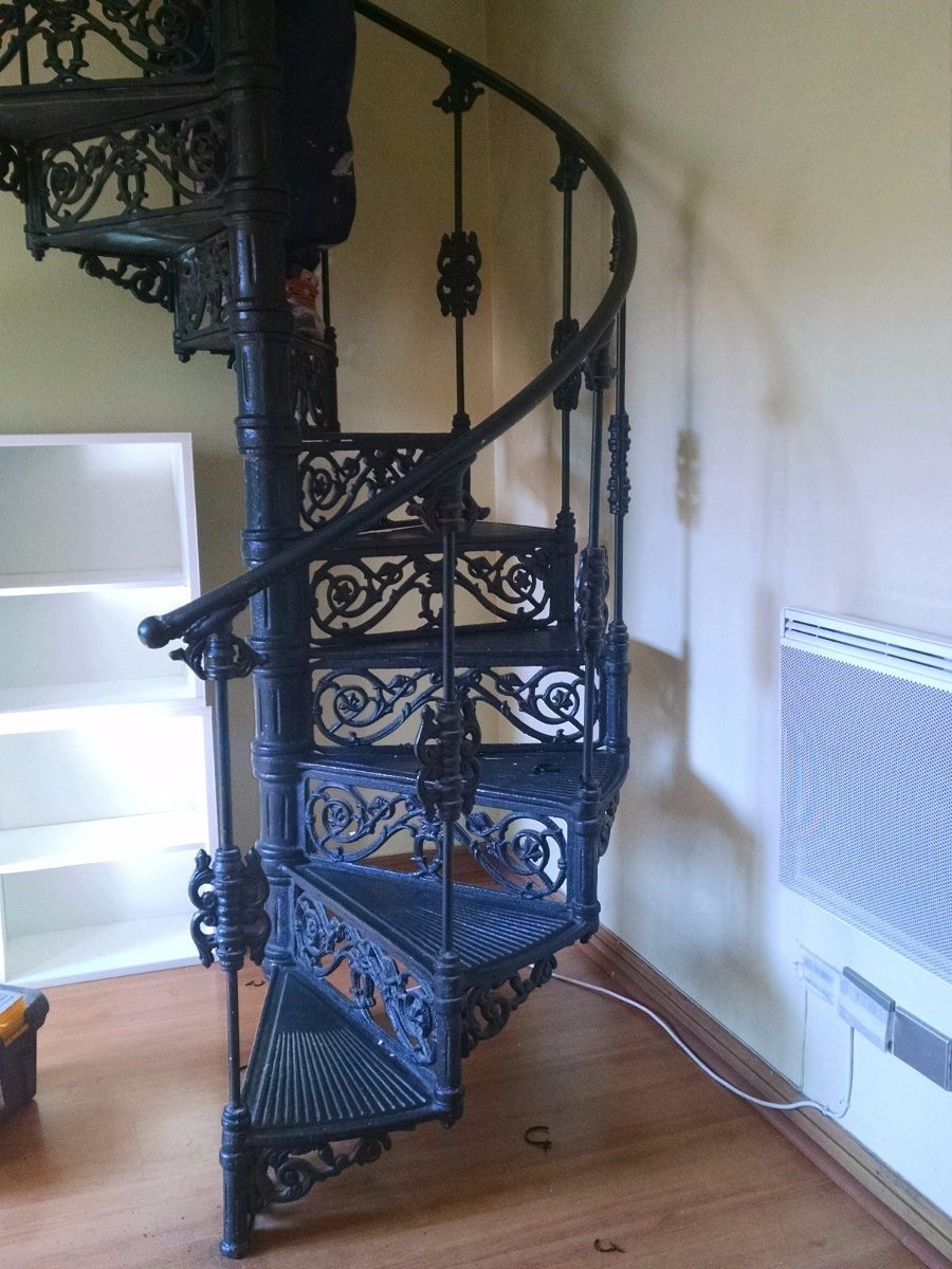 Escalera caracol fierro fundido forjada bellisimo dise o - Precio escalera de caracol ...