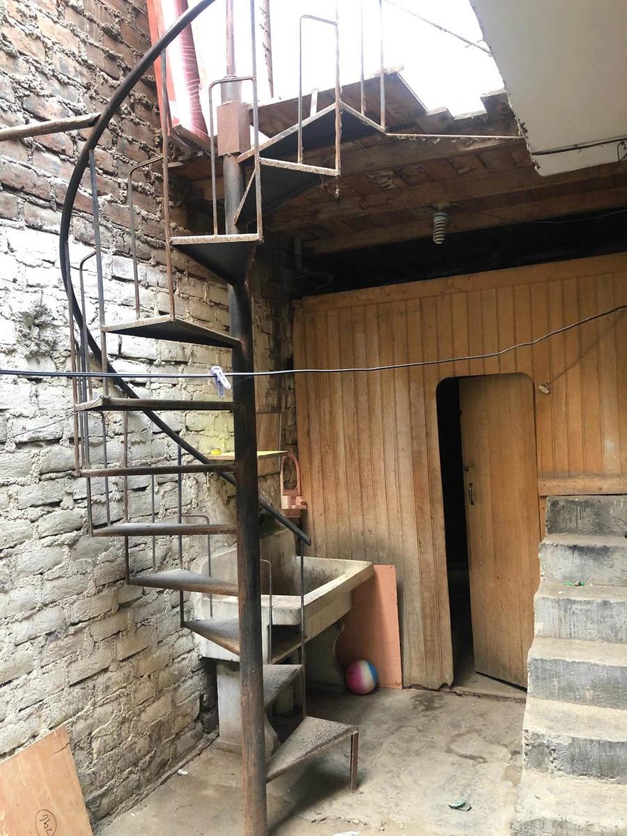 escalera de caracol de fierro 350