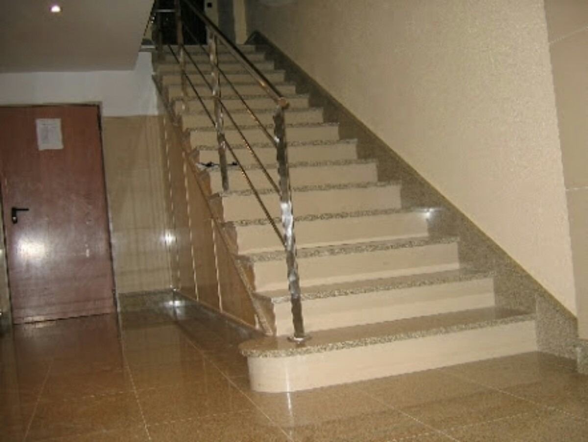 Escalera de granito 85 paso y contrapaso oferta u - Marmol para escaleras ...