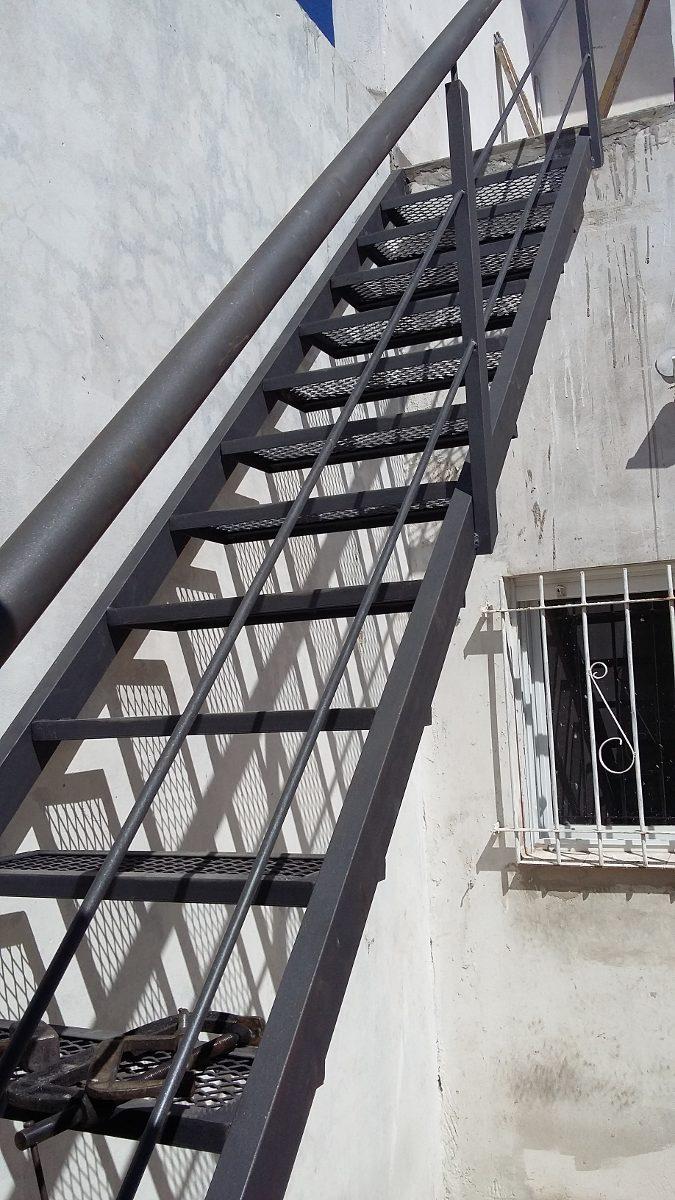 Escaleras de hierro de segunda mano stunning escalera de - Escaleras de hierro para exterior ...
