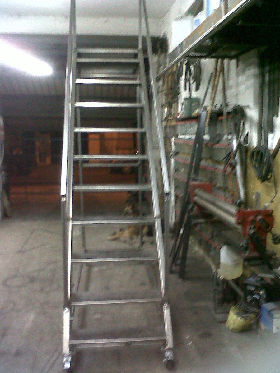 Escaleras de hierro de segunda mano amazing escalera de for Escalera hierro