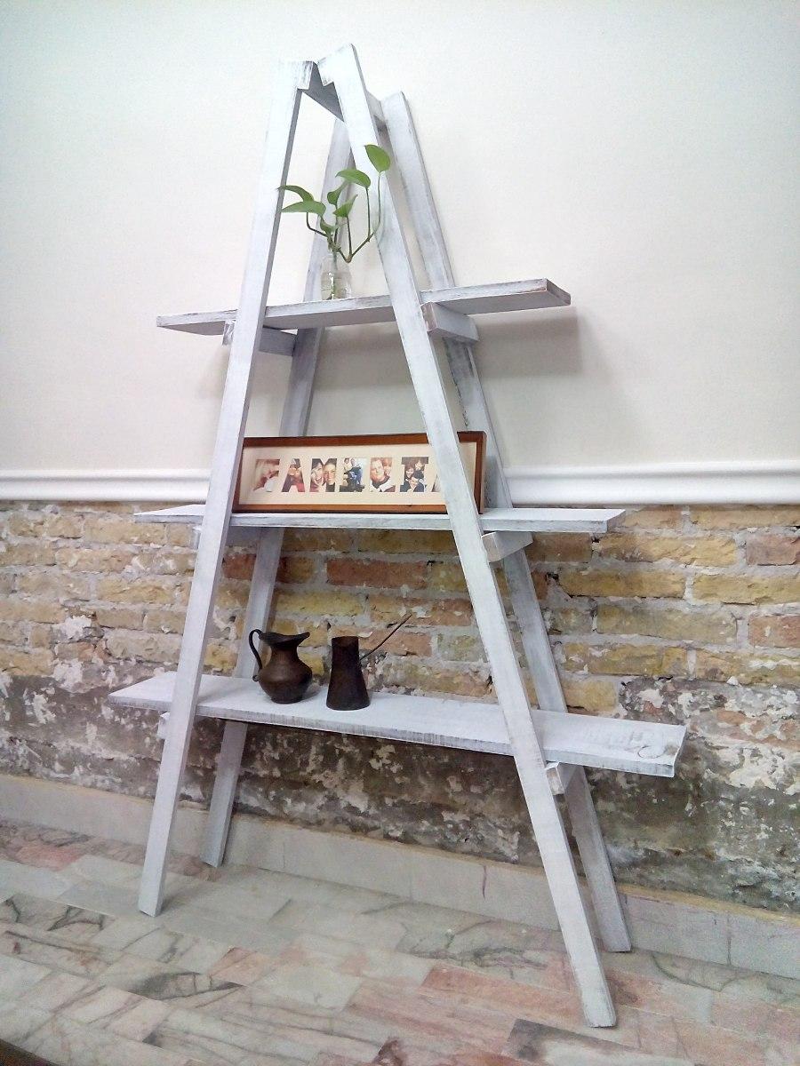 escalera decorativa vintage mueble de repisas sala