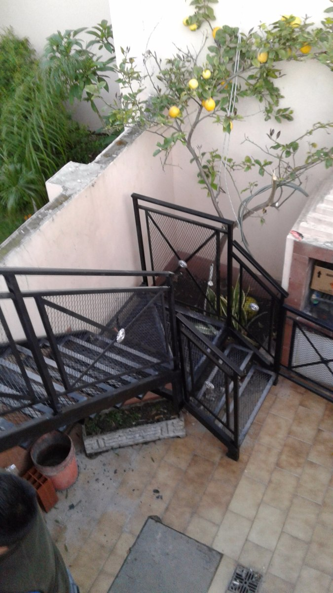 Escalera exterior herrer a rigamet en mercado libre - Escaleras de hierro para exterior ...