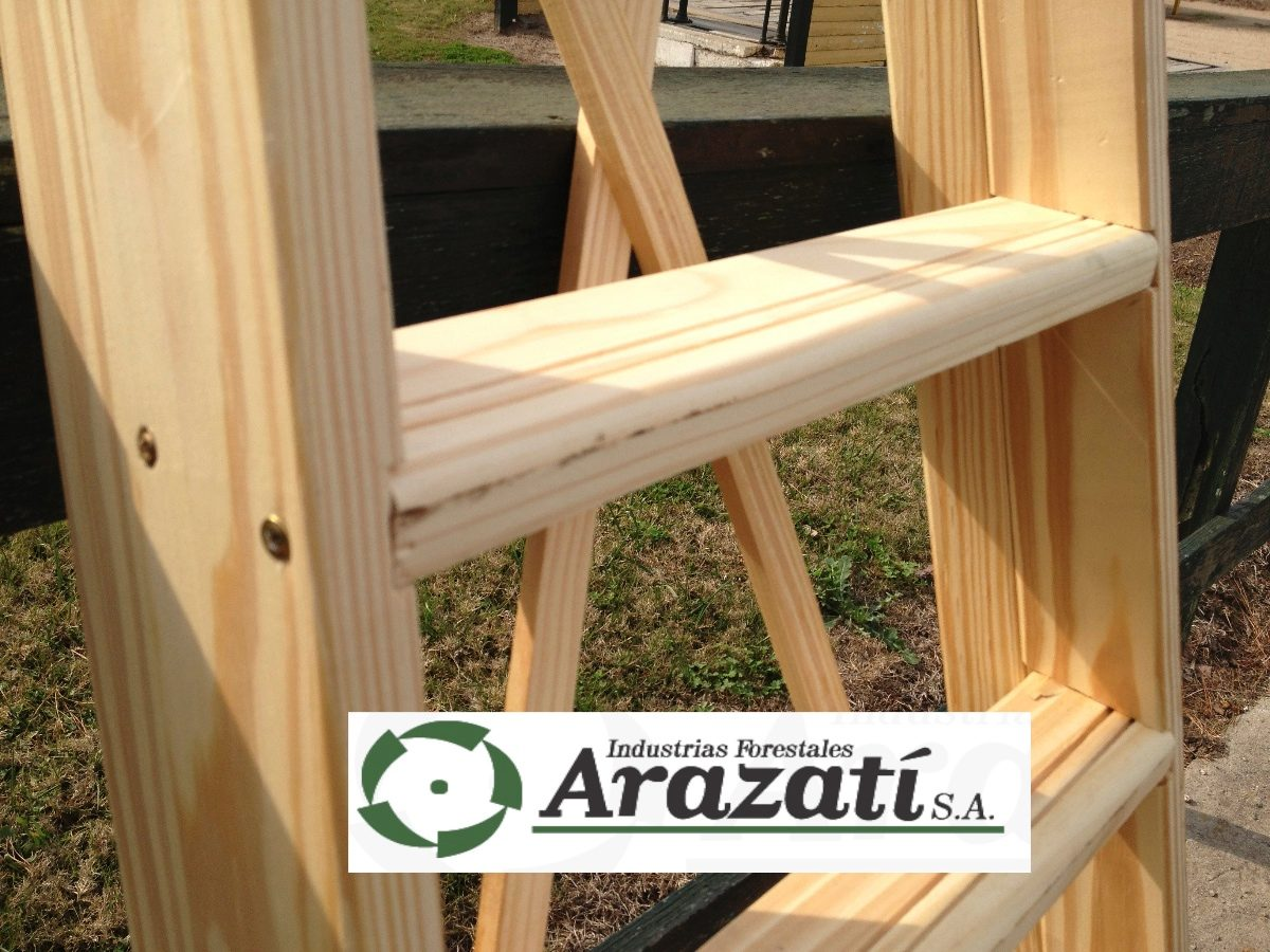 Escalera familiar madera hasta 10 escalones arazati for Escalera de jardin de madera