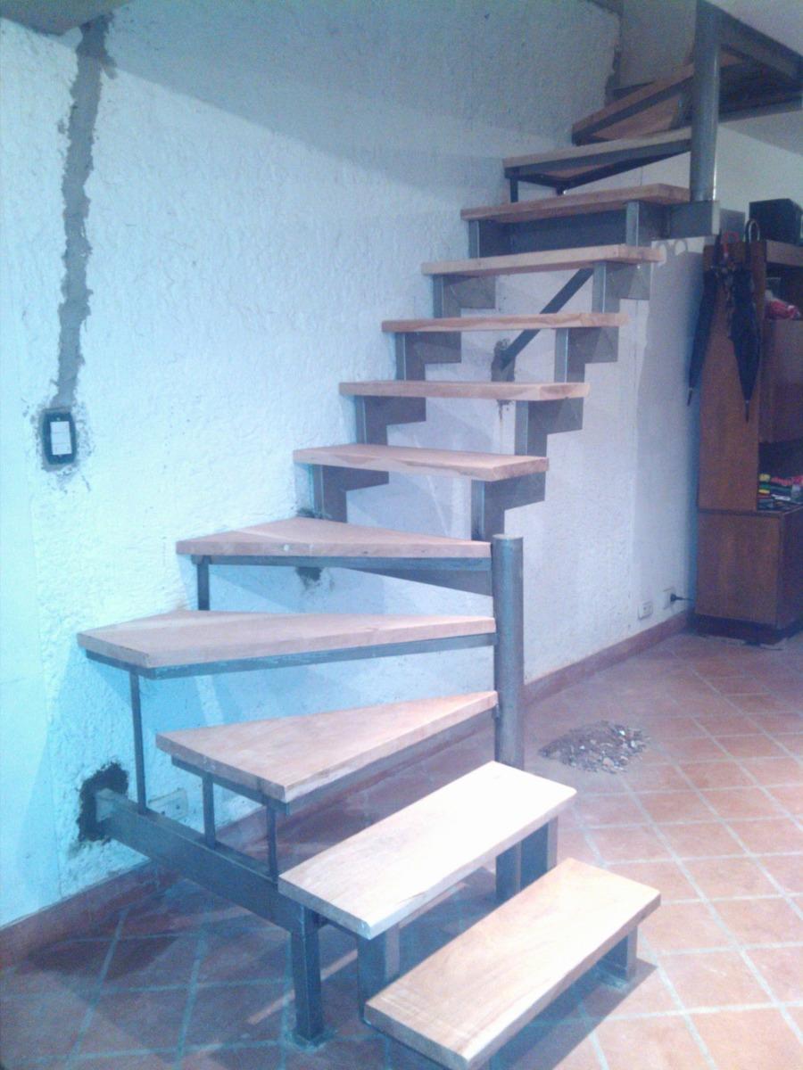 Escalera hierro y madera compensada en l u recta todo reja for Escalera recta de hierro y madera
