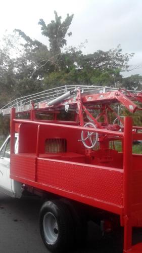 escalera mecánica para trabajo de alta y baja tensión