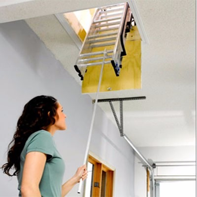 Escalera para atico de aluminio de m for Escaleras para buhardillas plegables