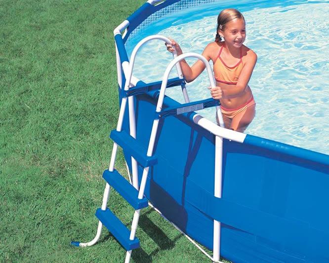 Escalera para piscina intex 3 escalones nuevas oferta for Ofertas de piscinas