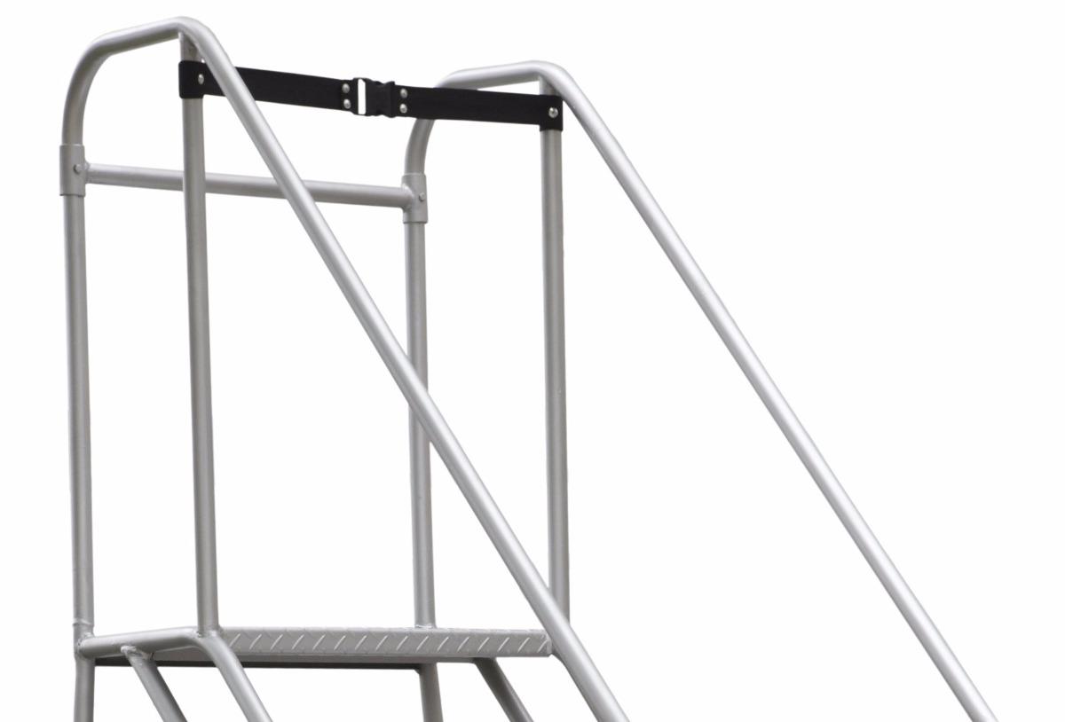 Escalera plataforma tipo avi n en acero 24 pasos 4 5 mts for Escalera 5 pasos afuera