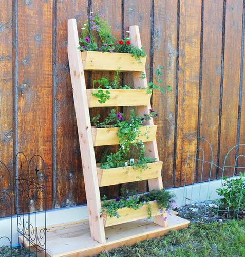 escalera porta maceta de pino