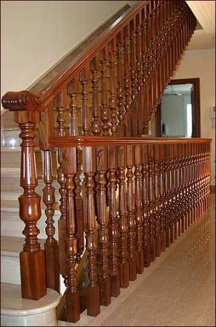 Escaleras barandales pasamanos de madera torno for Pasamanos de escaleras de madera