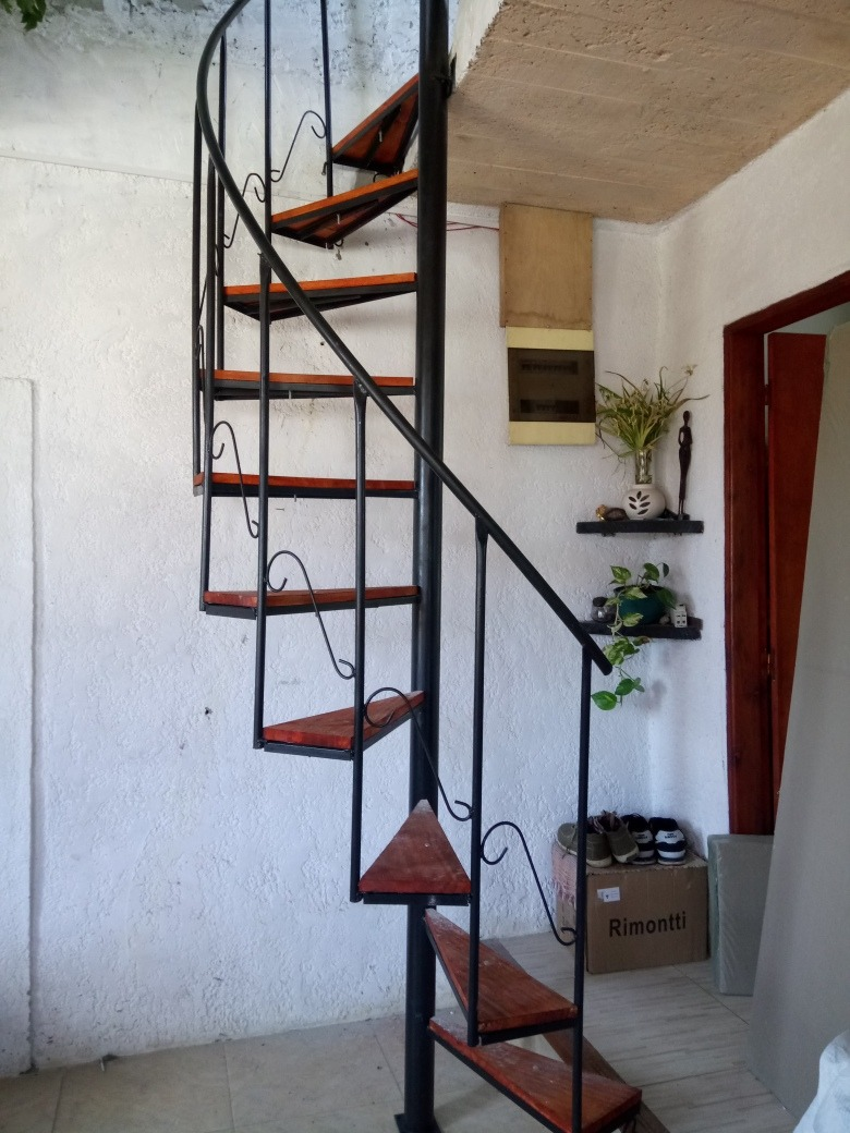 Escaleras caracol 8500 hierro y madera hasta 3mt 850 - Medidas escalera caracol ...