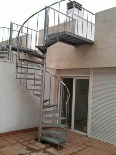 escaleras de caracol - fabricación y mantenimiento