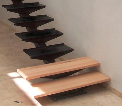 escaleras de hierro exterior interior