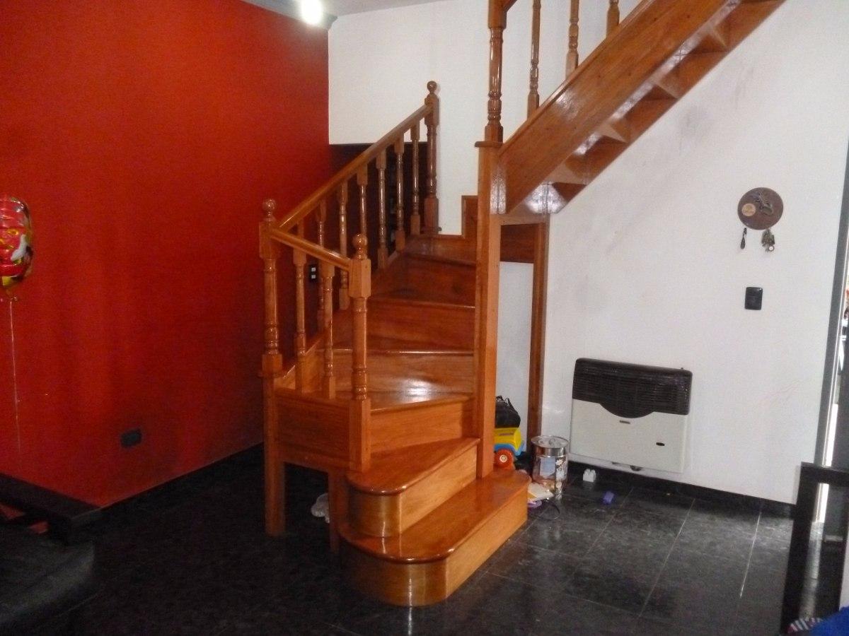 Escaleras de madera escaleras interiores revestimientos - Escaleras de interior de obra ...