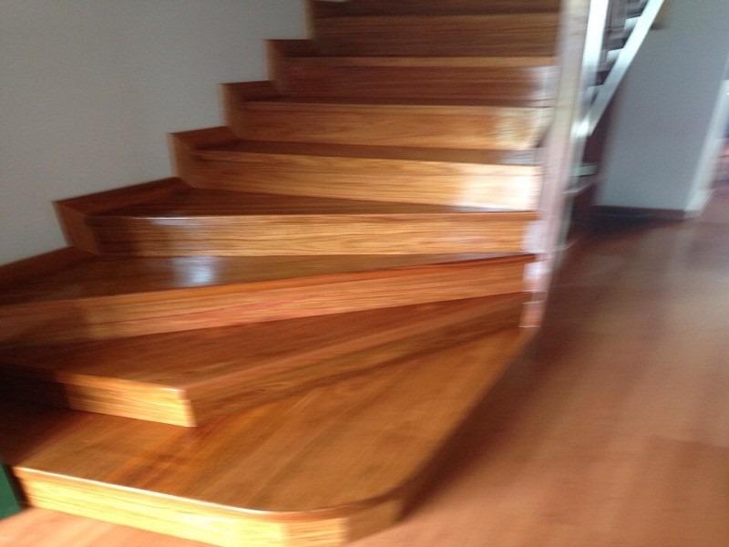 Escaleras En Madera Maciza Todo Colombia - $ 130.000 en Mercado Libre