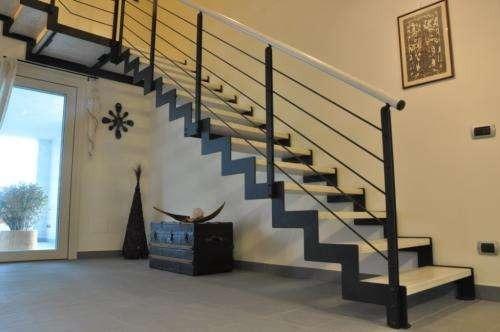 Escaleras Hierro C Madera Barandas Hierro 1 200 00 En Mercado