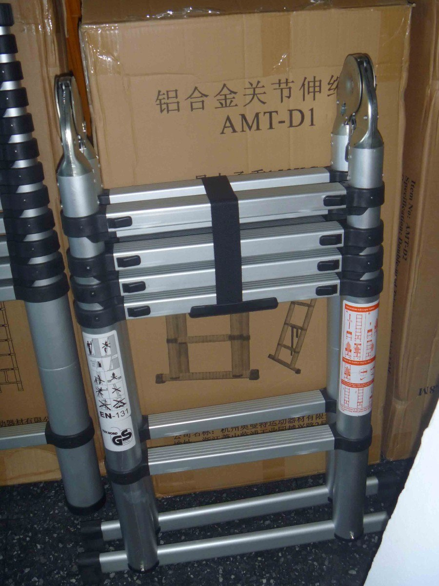 Escaleras plegable y telescopicas en aluminio for Escaleras telescopicas aluminio baratas