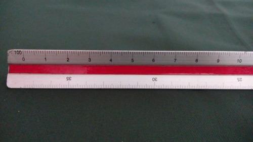 escalímetro metálico de 30 cm