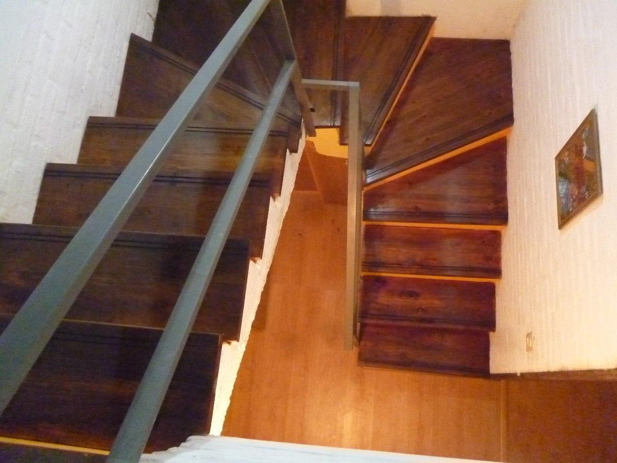 Escalones en madera para revestir escaleras ya existentes - Escaleras antiguas de madera ...