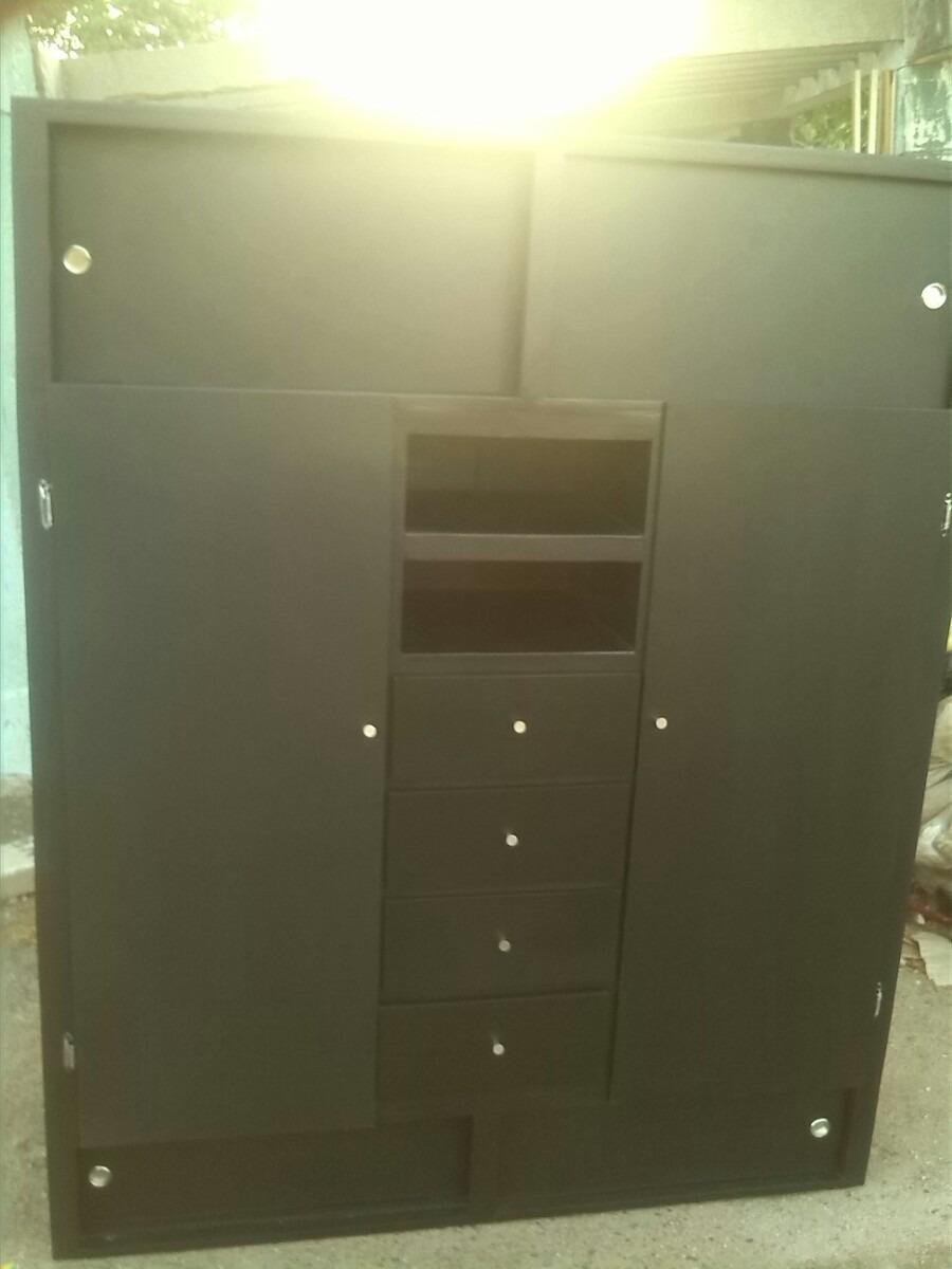 Escaparate armario closet por metro cuadrado bs for Precio por metro cuadrado de pintura
