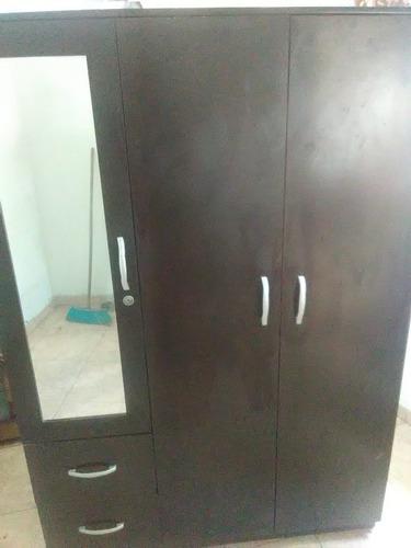 escaparate closet como nuevo espejo cambio o vendo