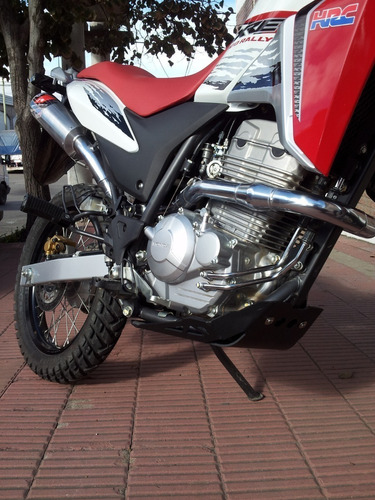 escape deportivo honda 300 xre / rally
