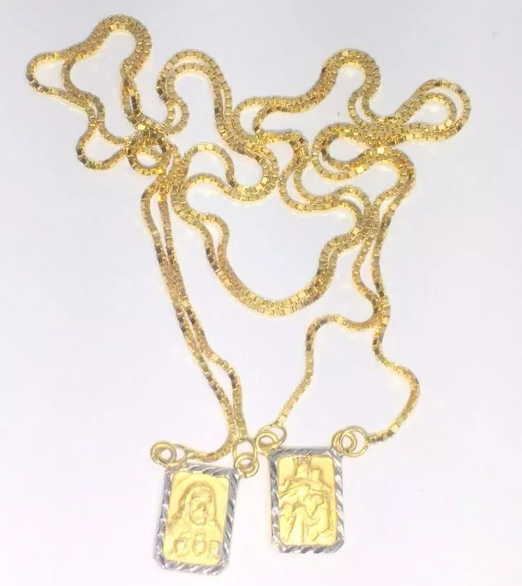 e42bbdf6809e5 escapulário masculino corrente malha veneziana em ouro 18k. Carregando zoom.