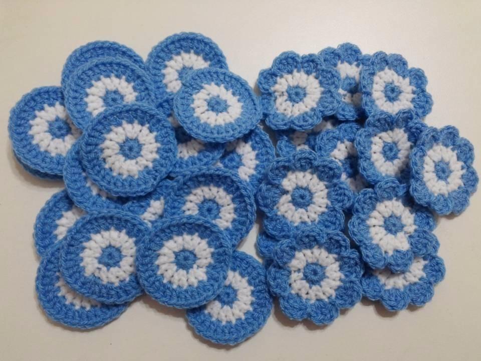 Escarapela Tejida A Crochet. 4 Cms. También Otros Tamaños. - $ 9,00 ...
