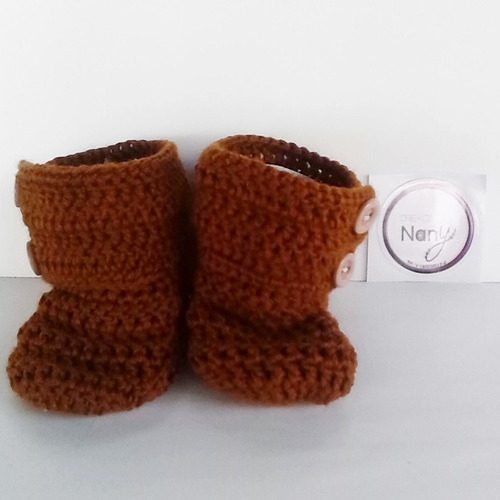 escarpines botin de boton tejidos a mano en crochet ganchill