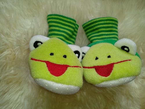 escarpines pantufla sapito de bebé