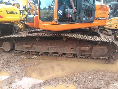 escavadeira doosan 22 ton. ano 2010 em otimo estado