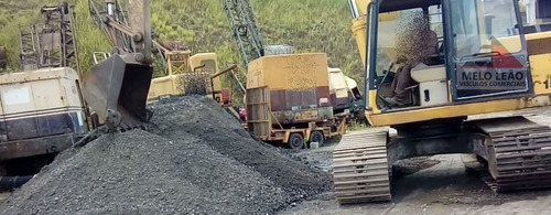 escavadeira hidráulica komatsu pc150 se - ano 1999 - esteira