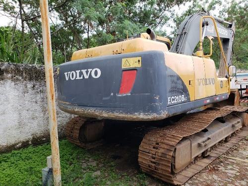 escavadeira hidráulica volvo  ec 210 ano 2010