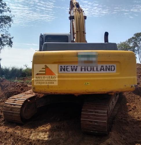 escavadeira new holland e215 b - ano 2006 - trabalhando