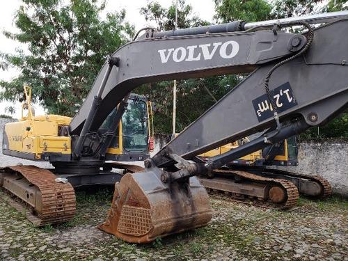 escavadeira volvo ec 240 ano 2012 horímetro 10.160